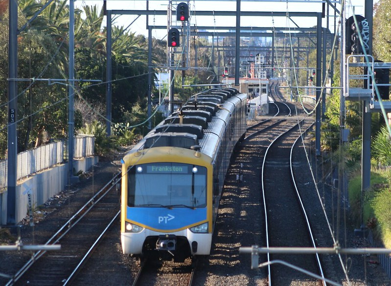 Siemens train at Bentleigh