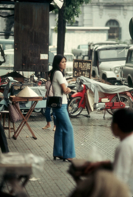 1970 saigon_girl