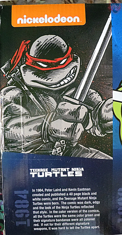 "Nickelodeon ""HISTORY OF TEENAGE MUTANT NINJA TURTLES"" FEATURING LEONARDO - COMIC BOOK LEONARDO i (( 2015 ))"