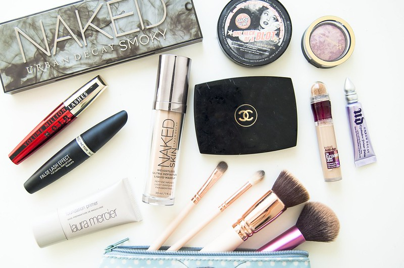 travel makeup one
