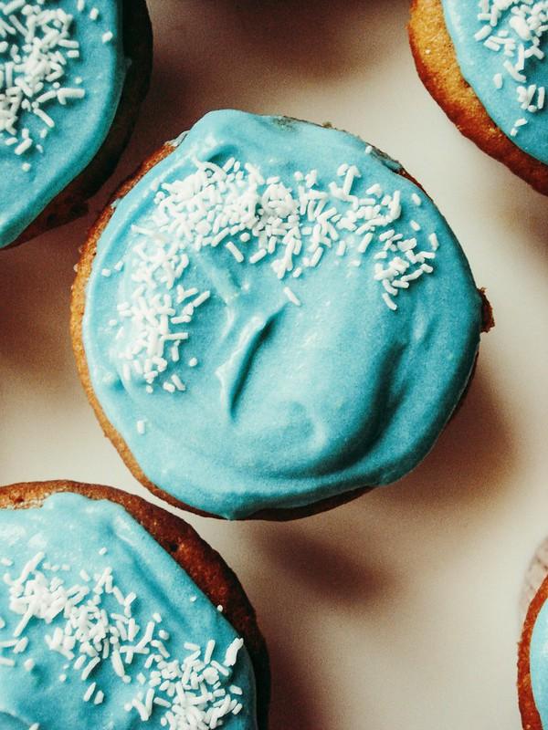 Yellow Butter Cupcake from Rose Levy Beranbaum + Buttercream from Hummingbird Bakery + Dulce De Leche from Cafefernando