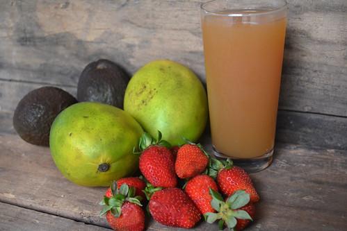 Mighty-Mango-Smoothie-Ingredients