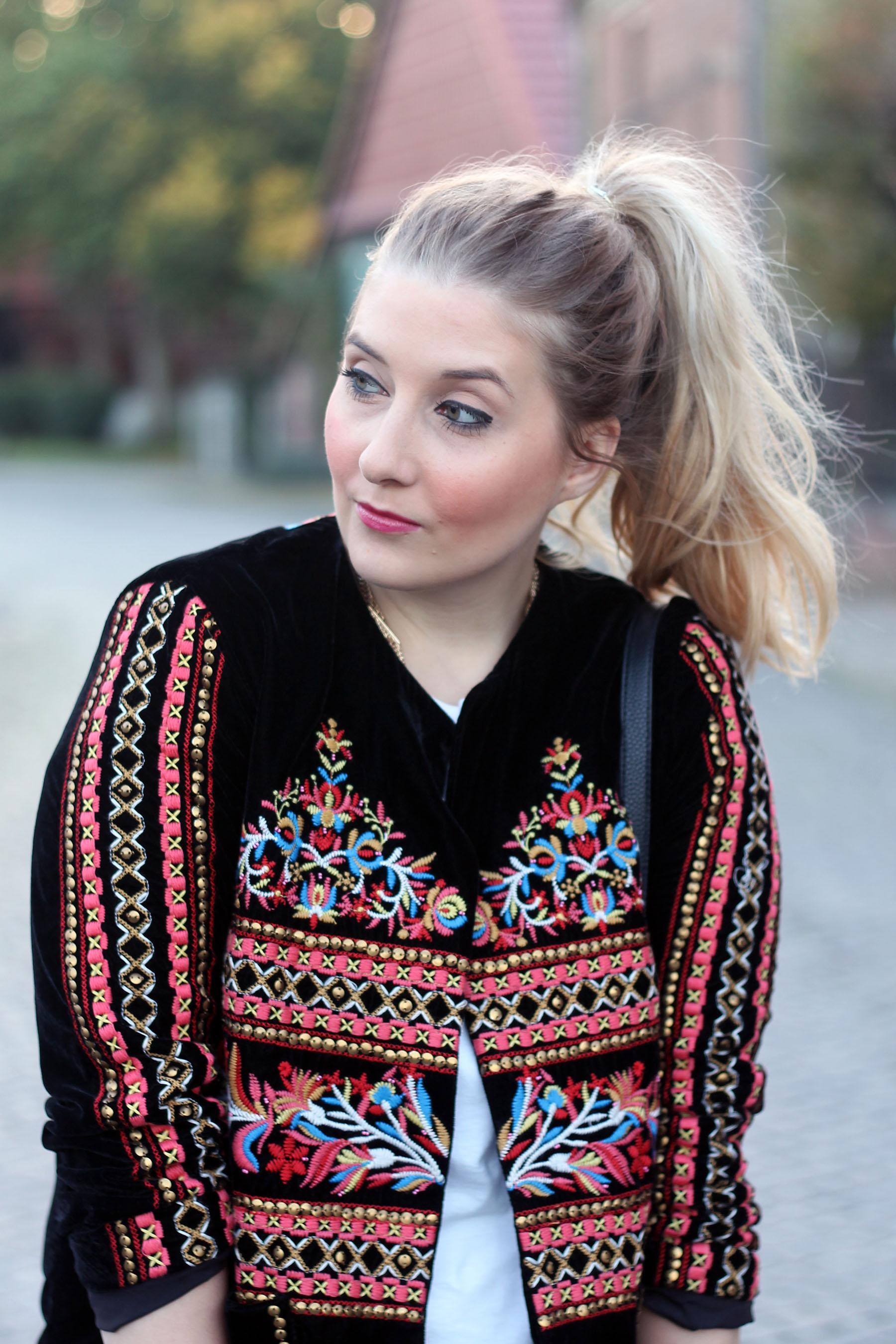 outfit-modeblog-fashionblog-zara-folklore-jacke-trend-style