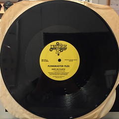 FUNKMASTER FLEX:DOPE ON PLASTIC(RECORD SIDE-A)