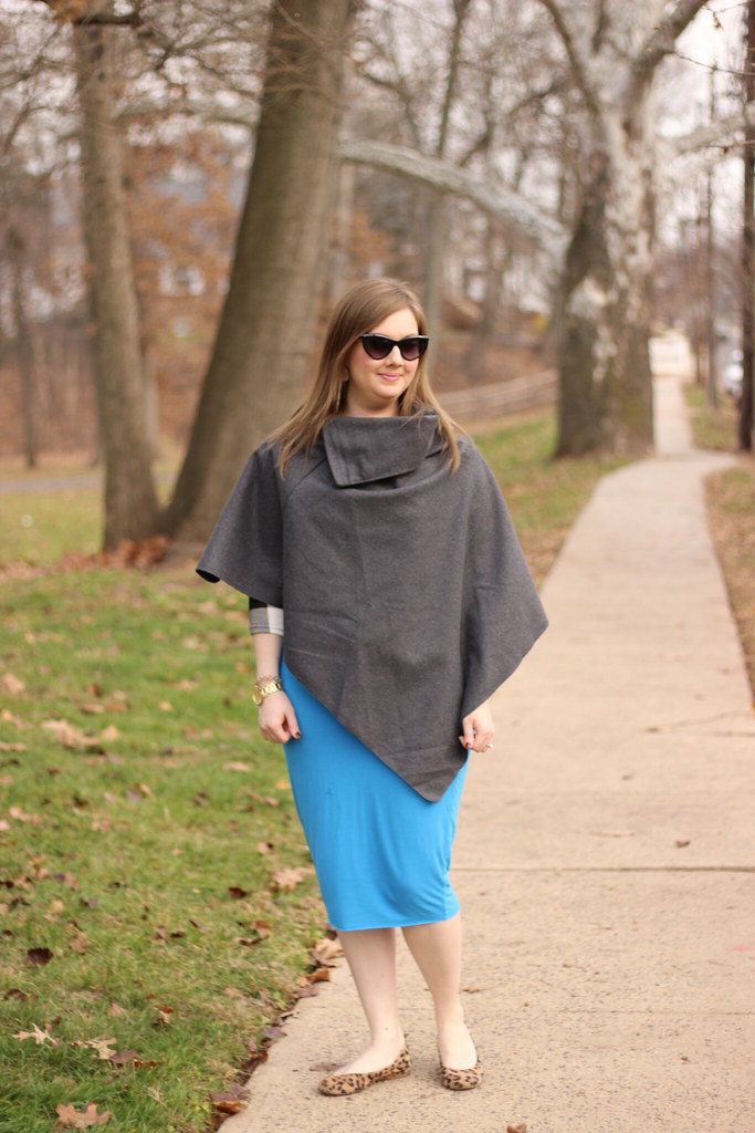 Dresslink poncho and pencil skirt (2)