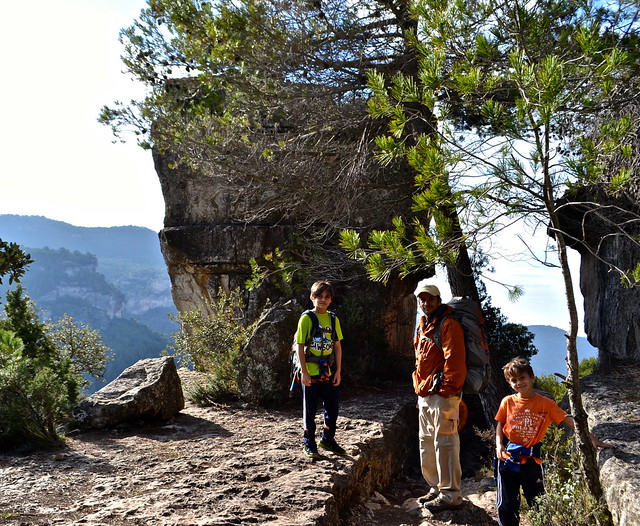 three climbers, siurana spain
