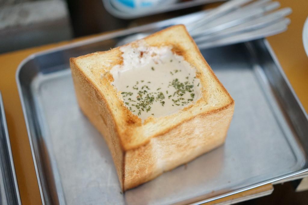 ミルキー鉄男のかき小屋 by TYCOON_牡蠣のクラムチャウダー