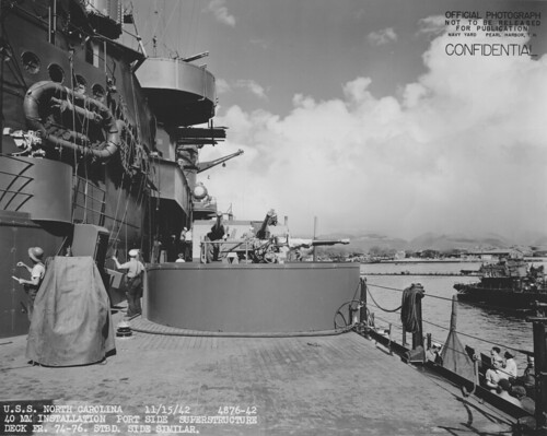 Battleship USS North Carolina (BB-55)  40-mm dual Bofors mount at Pearl Harbor 15th November 1942.