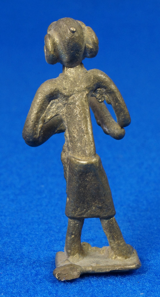 RD15104 4 Vintage African Hand Made Folk Art Primitive Figurines Solid Cast Brass Burkina Faso Yoruba West Africa DSC07112