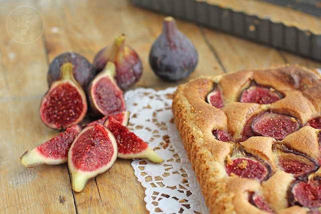 Tarta de higos y almendras www.cocinandoentreolivos.com (1)
