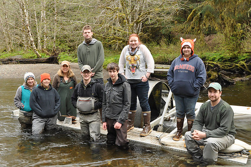 The Twelvemile Creek restoration monitoring crew and Fish Tech Boot Camp students and instructors posing for a photo in front of a screw trap