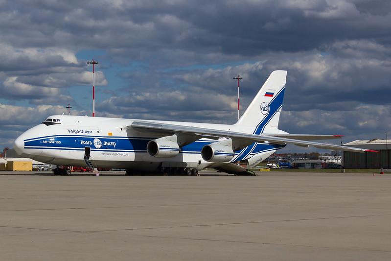 Volga Dnepr Airlines - A124 - RA82045 (3)