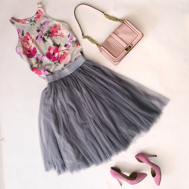cute & little blog | petite fashion | floral swing tank, gray tulle skirt, pink pumps, minkoff blush pink crossbody bag