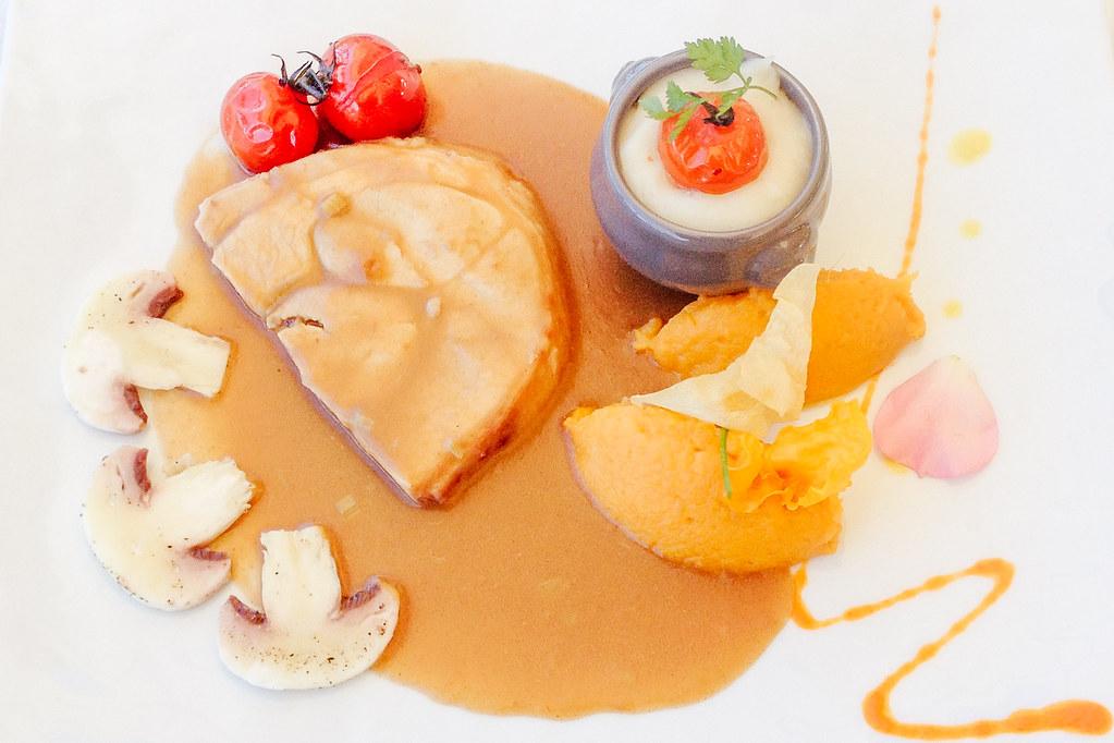 Balade gastronomique dans l'Yonne - Jambonneau de porc, sauce rhubarbe, poivre du sichuan