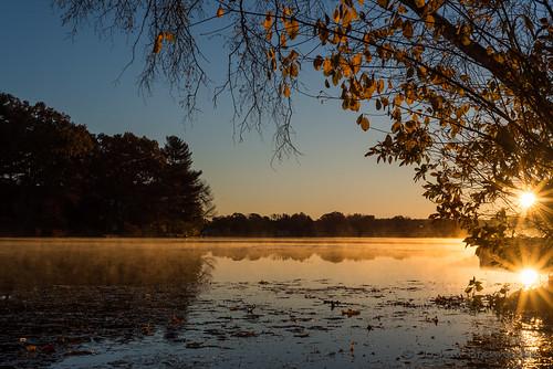 morning lake fog sunrise landscape us pond unitedstates massachusetts sunburst framingham