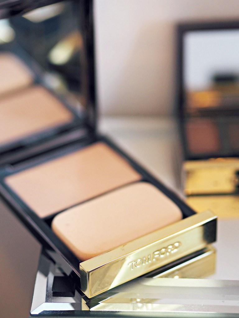 Tom Ford AW make-up tutorial black dahlia 4