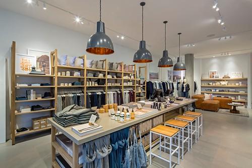 LG Store Interior