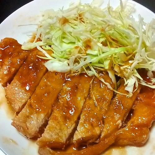 厚切り豚ロースで贅沢生姜焼き!