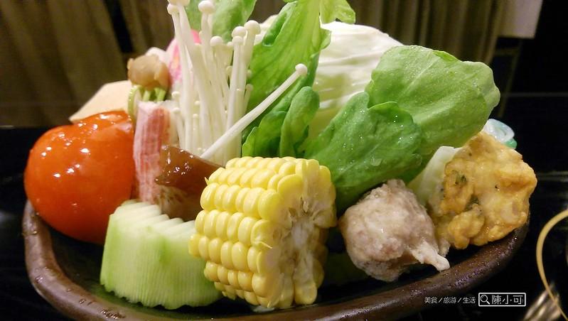 品味日式涮涮鍋,火鍋燒烤吃到飽︱火鍋︱燒烤 @陳小可的吃喝玩樂