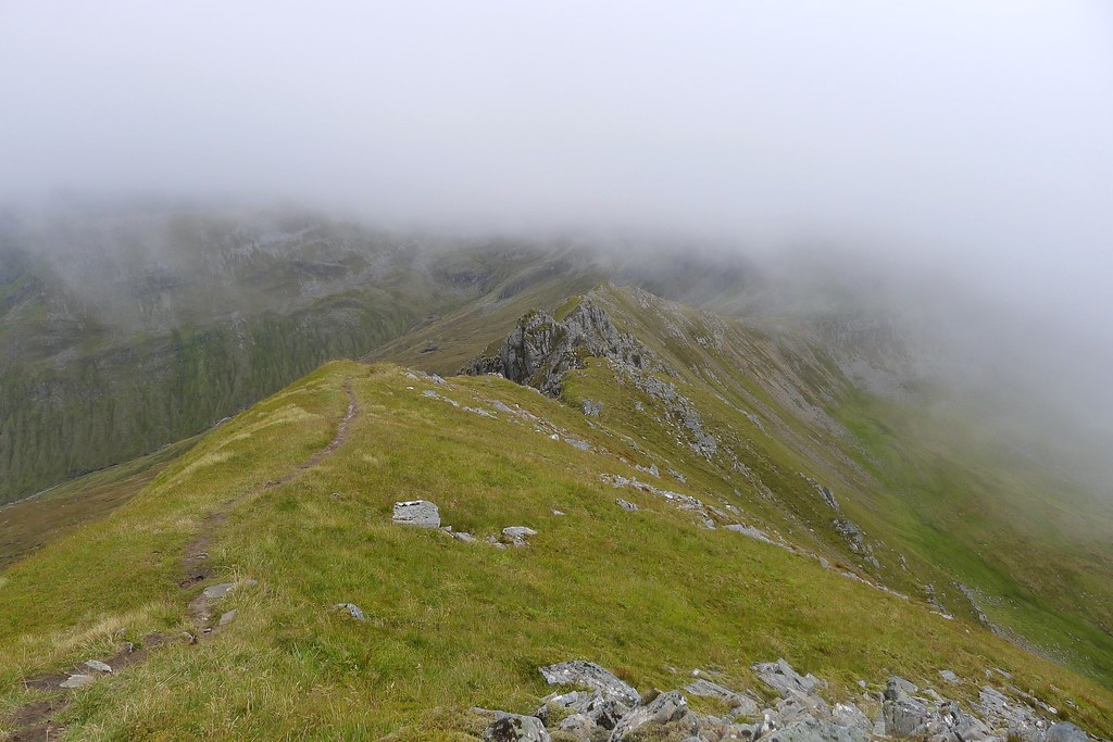South ridge of Mullach Fraoch-choire