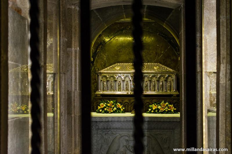 Restos del Apostol Santiago (según fuentes oficiales...)