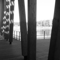 Waiting outside for a call as there is no reception inside, why not enjoy the view in the meantime :)  #beams #work #centerparks #lake  #wood #water #view #takingabreak #geometry - Photo of Saint-Léger-de-Montbrillais