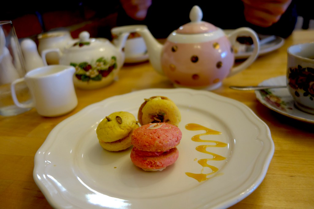 Macarons and Tea, Frieda's Tearoom, #Bloggerlodge, Bournemouth