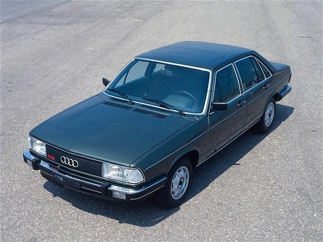Седан Audi 100 5Е C2. 1979 – 1982 годы