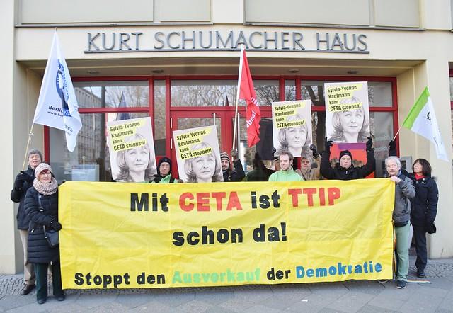 10.02.17: Kundgebung vor dem Europabüro von Frau Sylvia-Yvonne Kaufmann (SPD)
