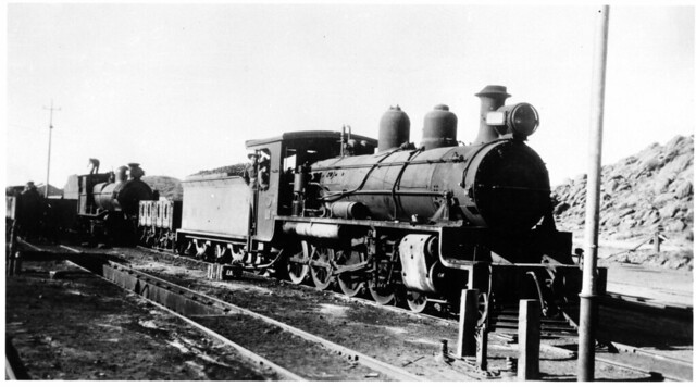 Alice Springs loco CR NM21 + open wagon + loco SAR T class being coaled (mb-b08-03)