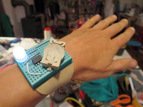 Breadboard bracelet circuit