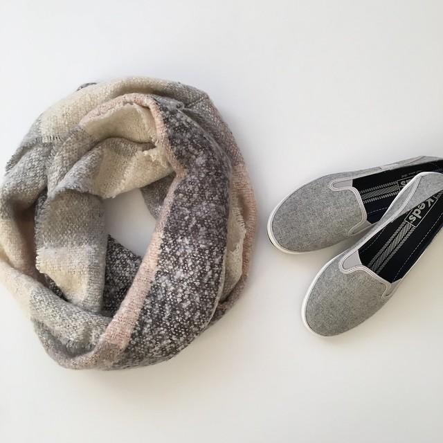 LOFT Plaid Infinity Scarf & Keds Crashback Wool Grey Slip Ons
