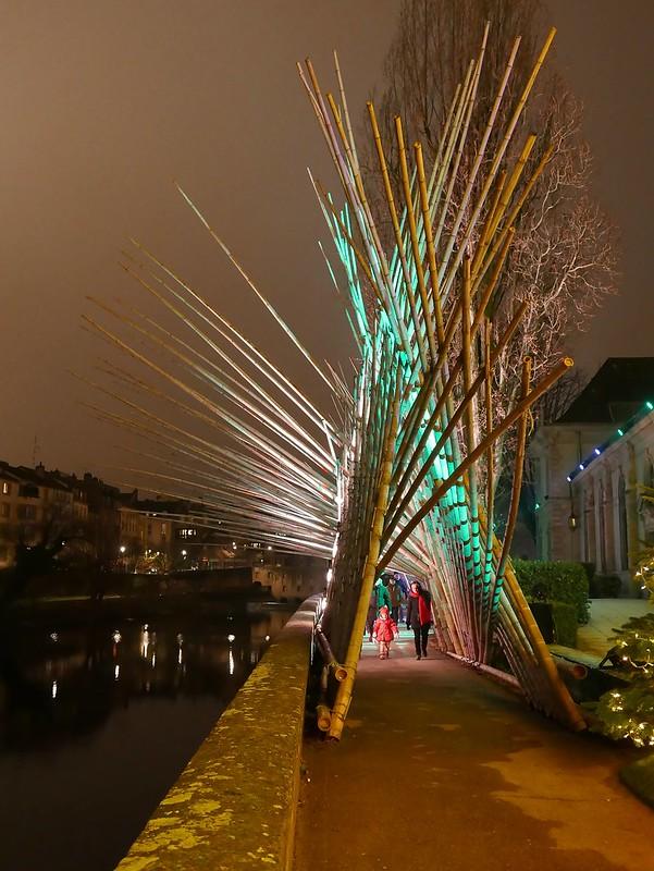 Pour les fêtes de Noël à Metz 23596077372_a015ffb311_c