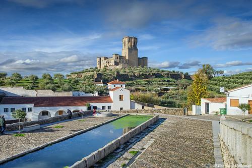 Alberca de la Fuente del Pilar y Castillo de Gahete - Belalcázar (Córdoba)