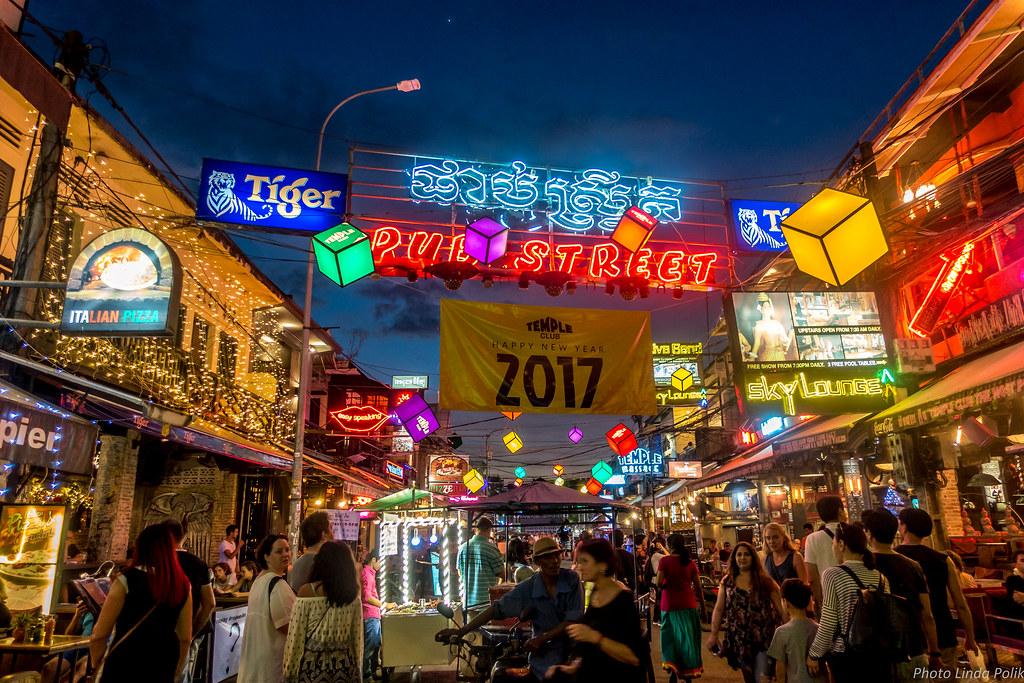 Pub Street Siem Reap Cambodia-00541