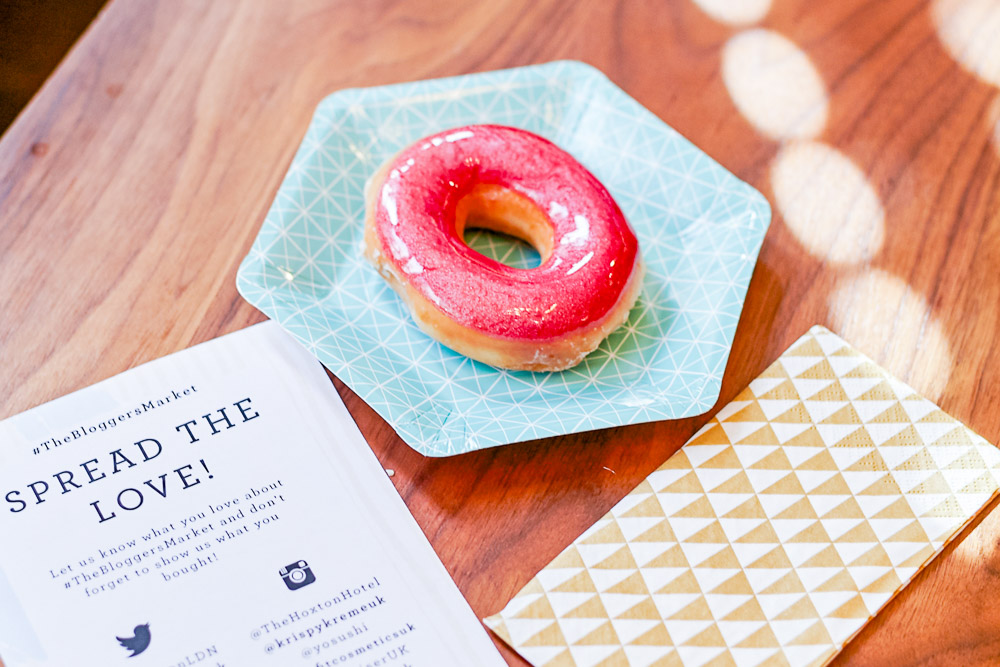 the bloggers market 2015 doughnuts talking tables plates