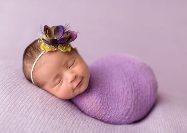 Baby smiling – photoshoot with young children