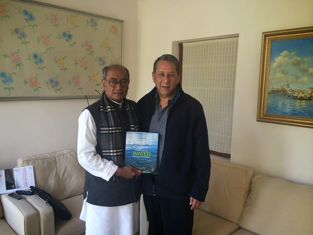 With Shri Digvijaya Singh, General Secretary, All India Congress Committee.JPG
