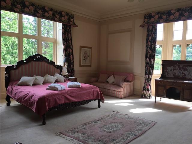 Hampton Court bedrooms