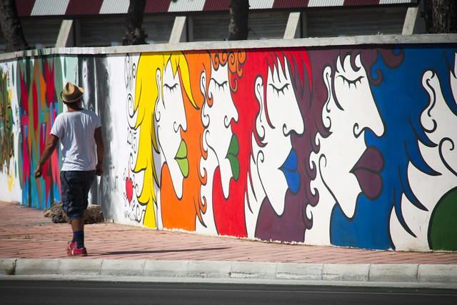 """rainbow humans"" wallpainting in Galatina (LE)"