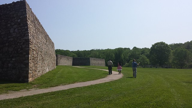 Fort Frederick, walls