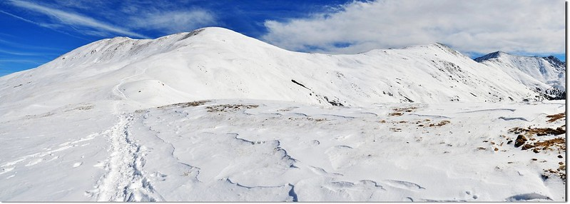 Looking up onto Sniktau-Grizzly ridge from Loveland Pass above 1