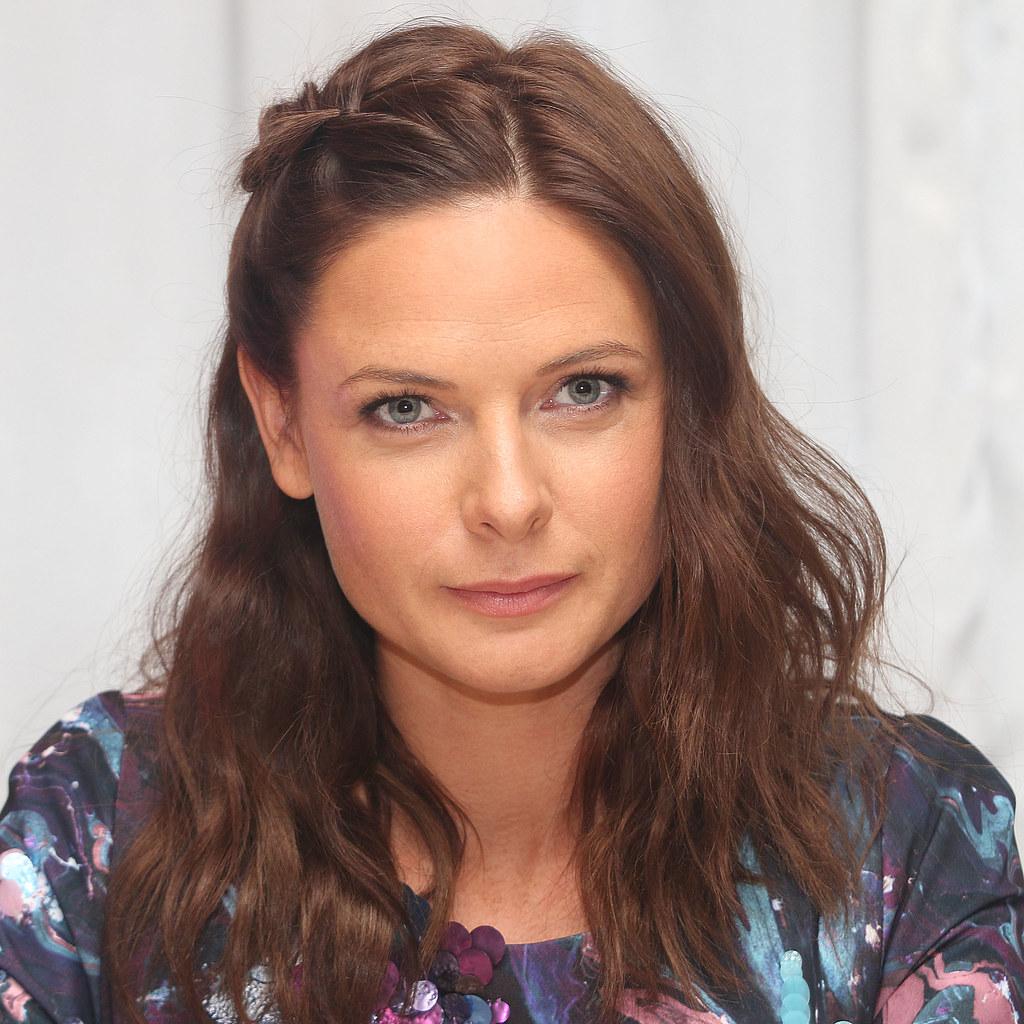Ребекка Фергюсон — Пресс-конференция «Миссия невыполнима» 2015 – 5