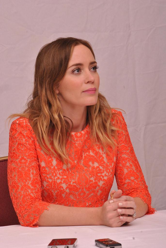 Эмили Блант — Пресс-конференция «Наёмница» на «TIFF» 2015 – 31