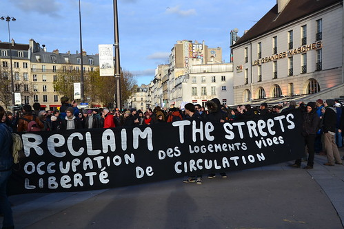 "Manif ""Migrants welcome""- interdite par ""l'état d'urgence"" Reclaim the streets"