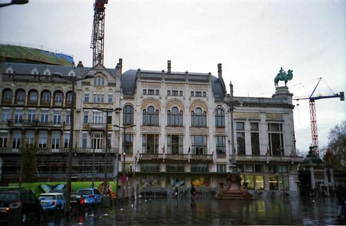 Astrid square