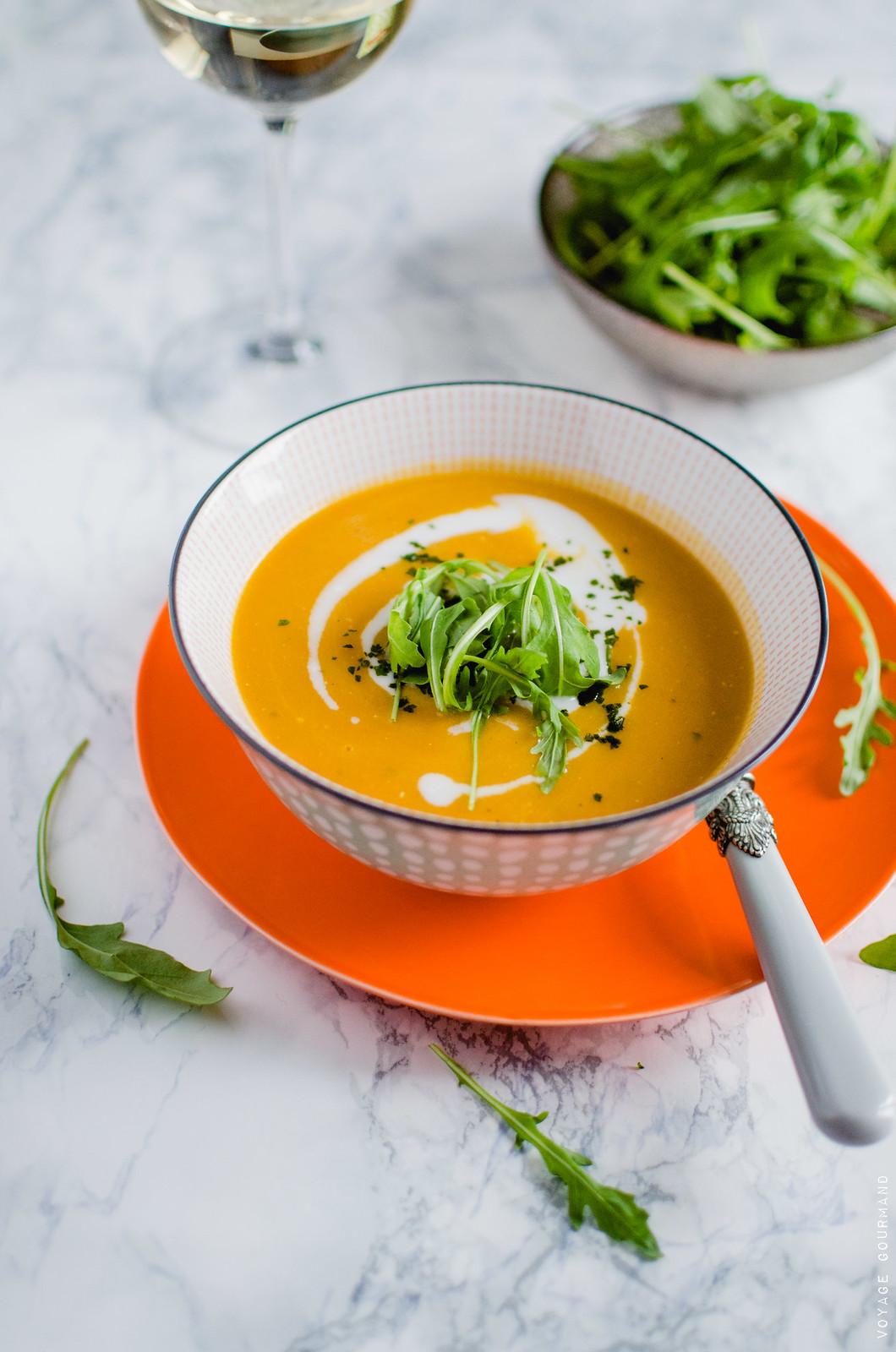 Soupe de carotte au curry et lait de coco