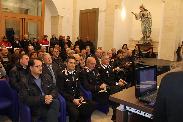 Casamassima-Il nuovo calendario satirico dedicato all'Arma presentato dal suo autore Antonio Mariella (17)