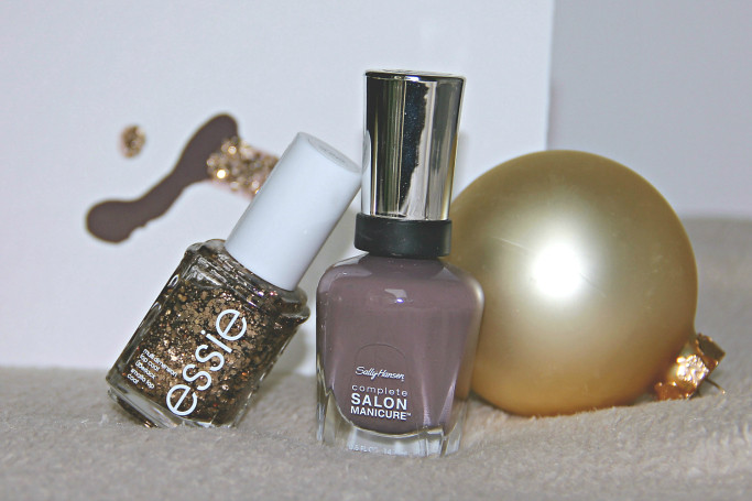 4 Festive Nail Polish Combos I Style By Charlotte