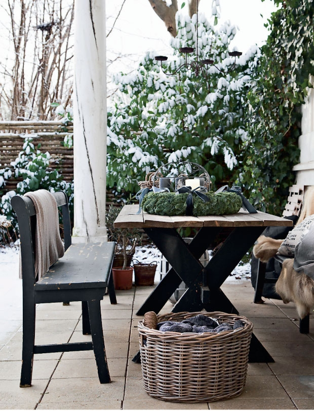 03-outdoor-christmas-decorations